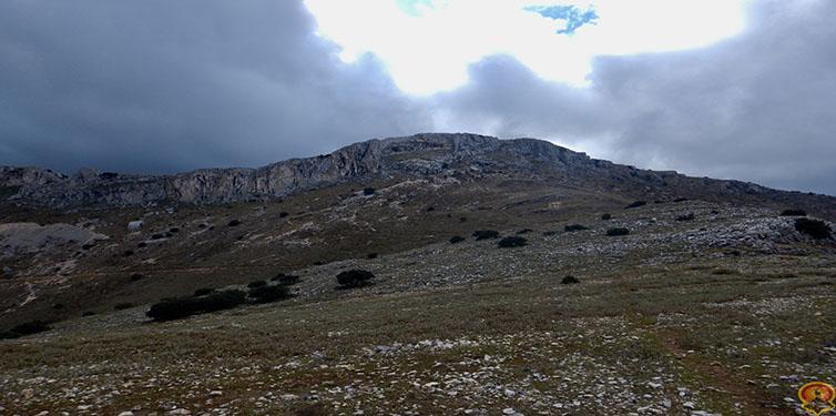 Verea la Zeta, Senda Troncos, Refugio de la mella, Cerro del Tambor (Jaén)